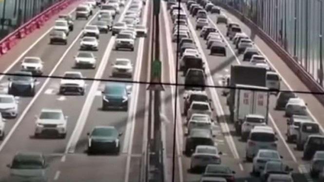 Fenomena Mengerikan Usai Corona di Jembatan Terpanjang Dunia China